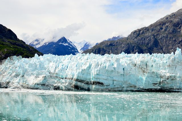 This is a shot of one of the main glaciers in Glacier Bay Alaska.